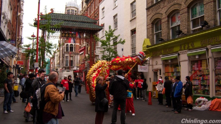 How UK businesses can engage with Chinese consumers and travellers.jpg
