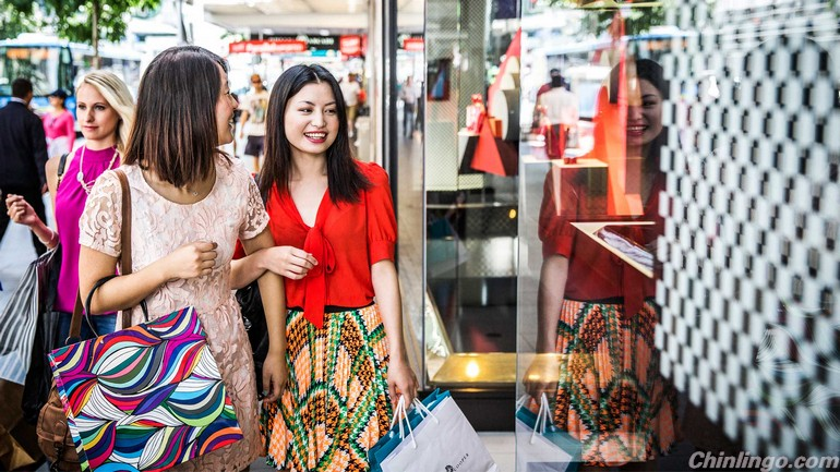 Outbound tourism spending explodes in China.jpg
