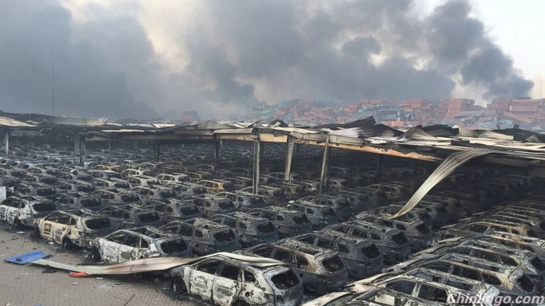 social media in China, official silence, tianjin explosion