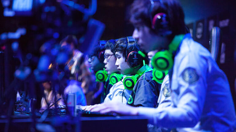 China eSports market, online game player